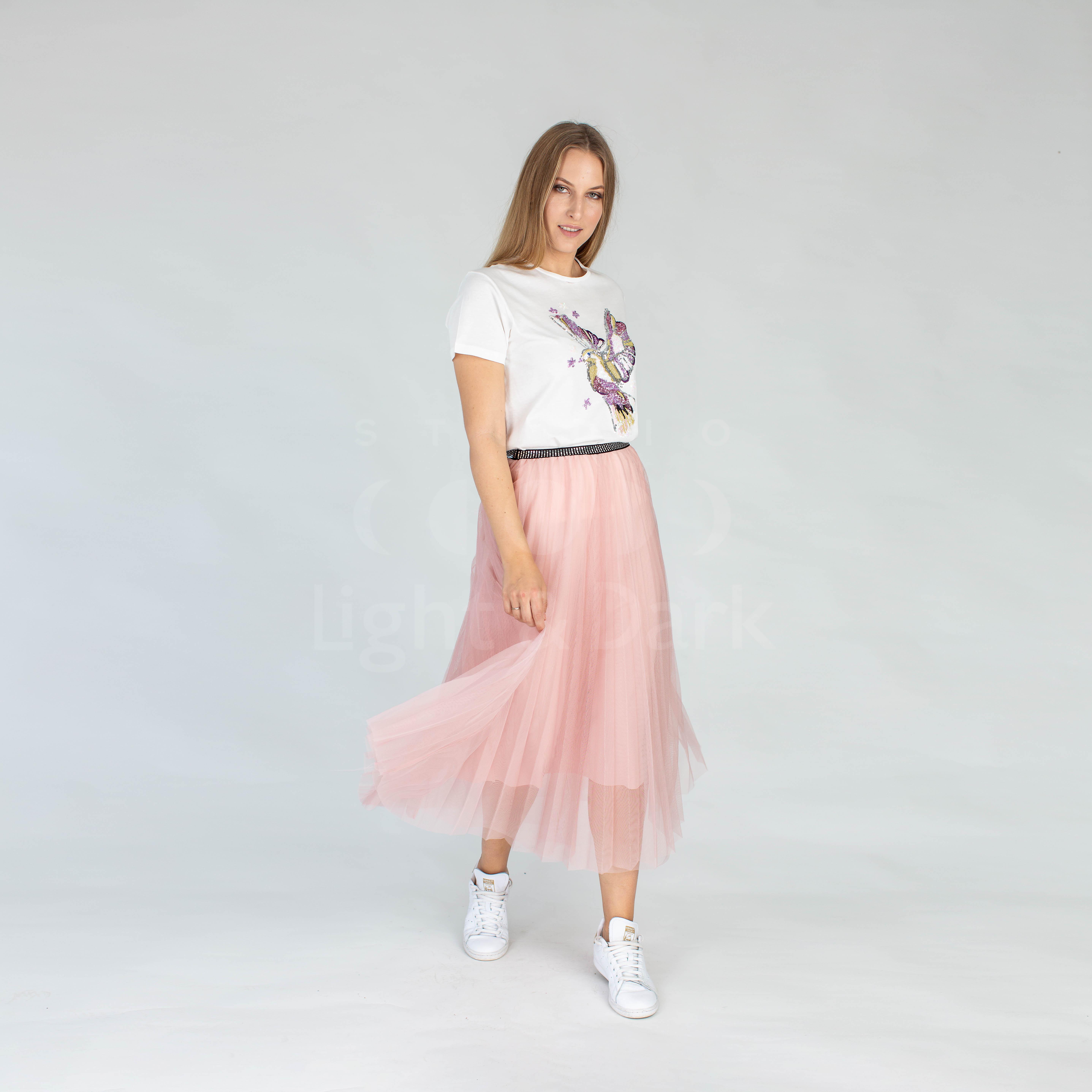 επαγγελματική φωτογράφιση ρούχων για κατάλογο